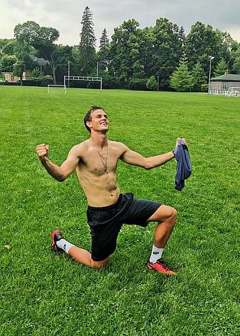 vasek pospisil shirtless tennis player