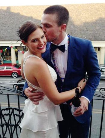 stephen amell wedding wife cassandra jean