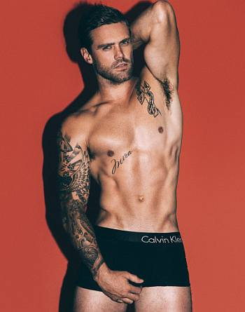 nick youngquest underwear model for calvin klein2