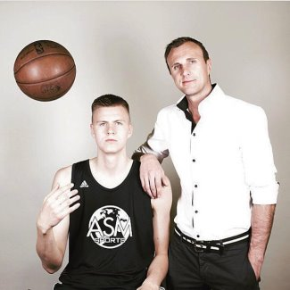 Kristaps Porzingis brother janis