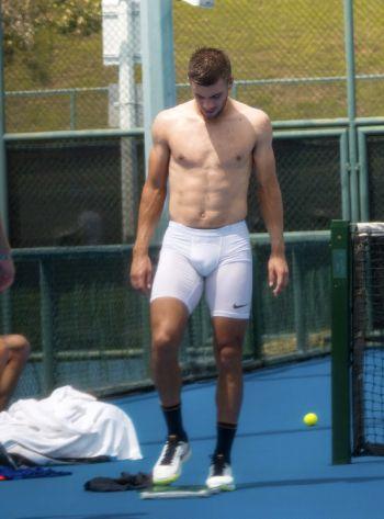 borna coric body abs are hot