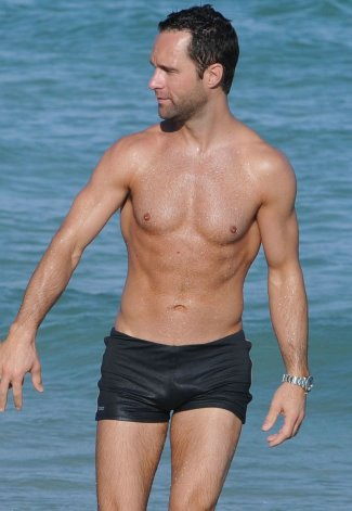 Chris Diamantopoulos shirtless body