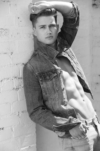 aj pritchard hot shirtless