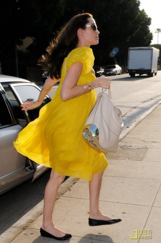 angelina jolie fashion style - yellow dress