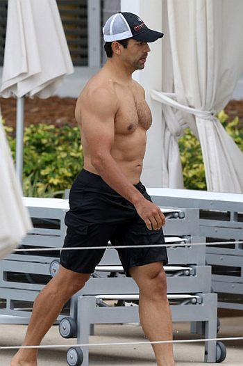 eddie judge shirtless and hot body
