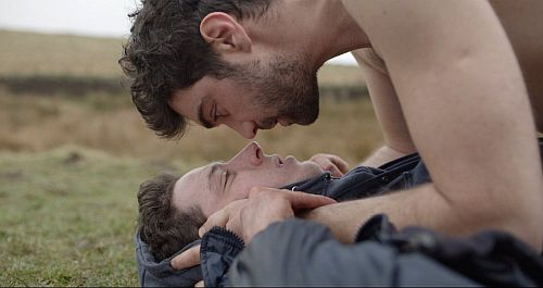 josh o'connor gay kiss in god's own country