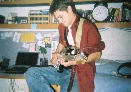 zach villa singer guitarist