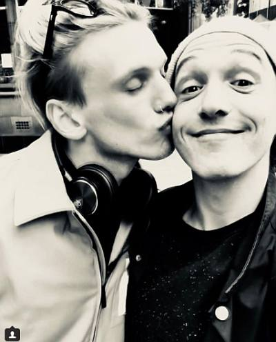 Jamie Campbell Bower gay kissing friend