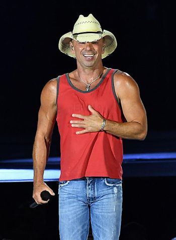 kenny chesney now - hot daddy