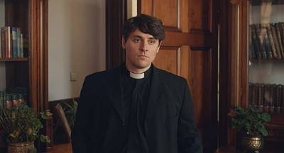 sexy priest derry girls actor is peter campion