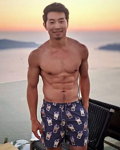 simu liu shirtless