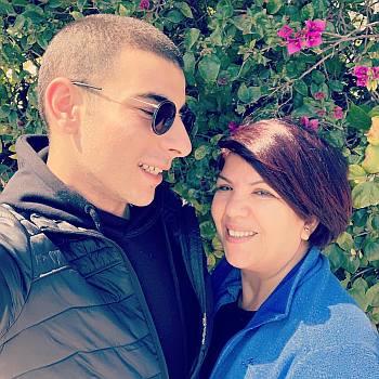 Fares Landoulsi family mom