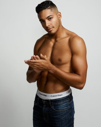 Michael Evans Behling underwear3