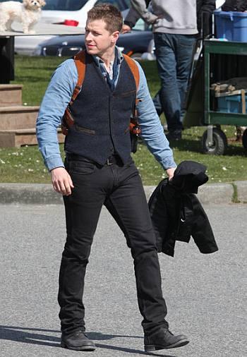 josh dallas bulge in jeans