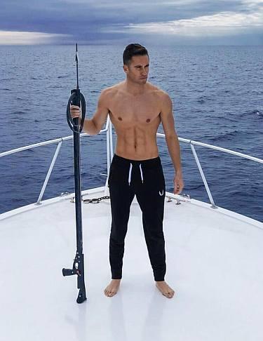 colin hutzler hot abs shirtless