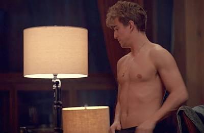evan roderick body shirtless spinning out2