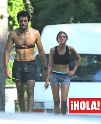 Carlos Sainz girlfriend - Isabel Hernaez