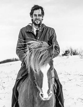 Gisli Gardarsson hot guys riding horses