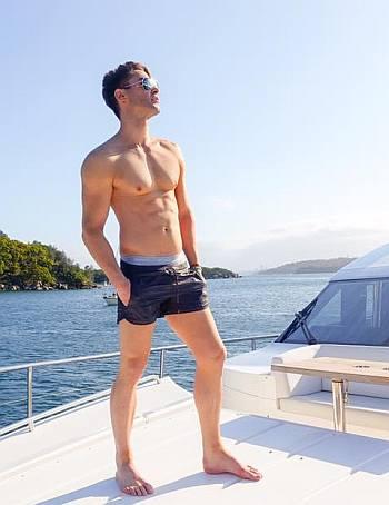 adam williams shirtless