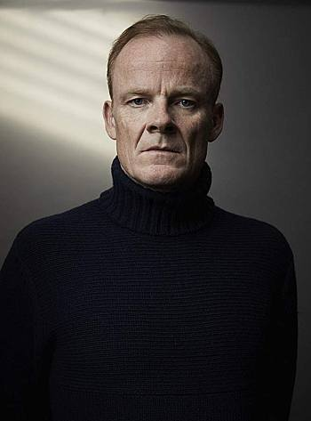 alistair petrie style turtle neck