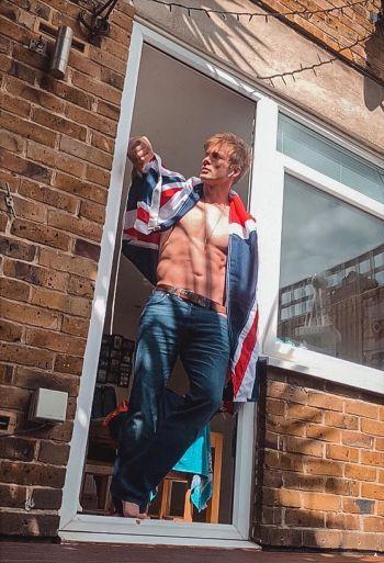 bradley james shirtless