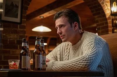 chris evans sweater knives out - ransome drysdale2