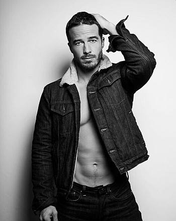 ryan carnes open shirt sexy hot