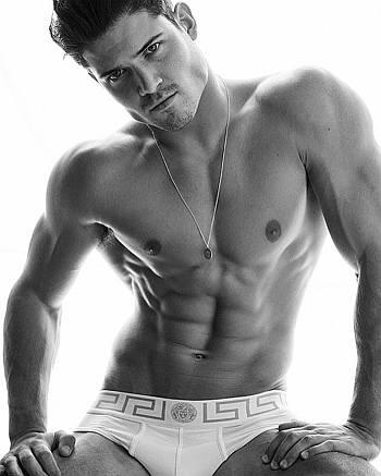 versace male underwear model - William Goodge2