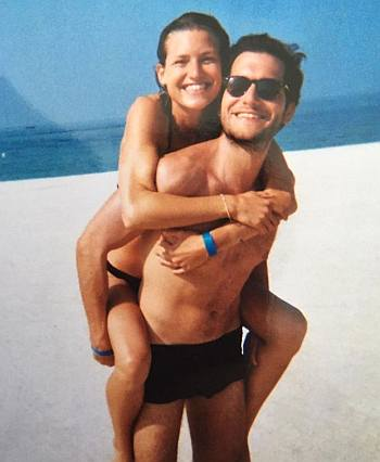 Jeff Wilbusch shirtless with girlfriend anna platten
