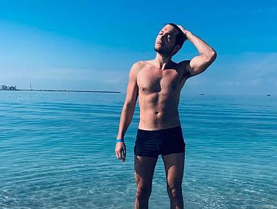Jeff Wilbusch speedo underwear - shirtless
