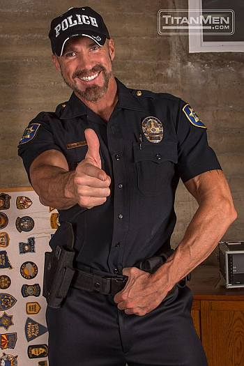 hot men in uniform dallas steele