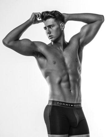 Harry Jowsey underwear boxer briefs tommy hilfiger