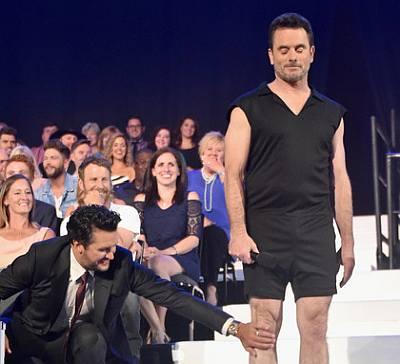 charles esten shorts - cmt awards