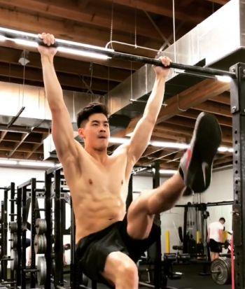 eddie liu shirtless workout