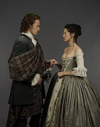 jamie fraser wedding kilt ceremony in outlander