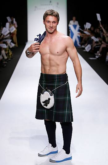 shirtless in kilt - Chris Cusiter rugby player Johnnie Walker Dressed to Kilt 2006