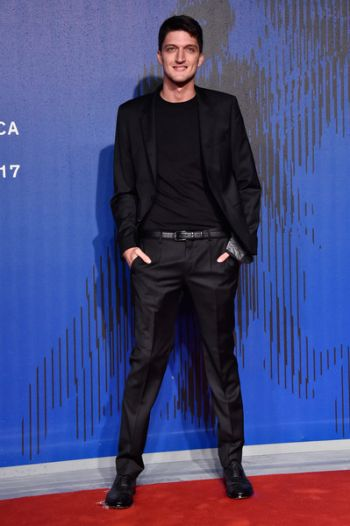 Andrea Lattanzi hot italian men in suit - manuel