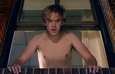 dan stevens shirtless in the vamps