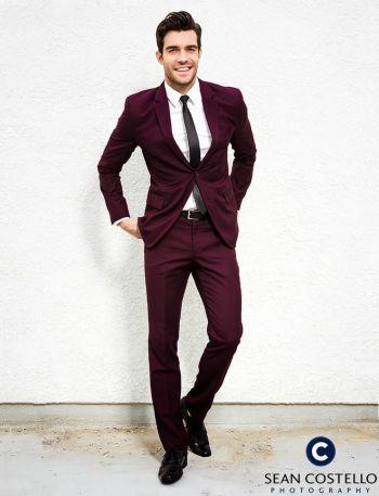 Peter Porte hot men in suit2