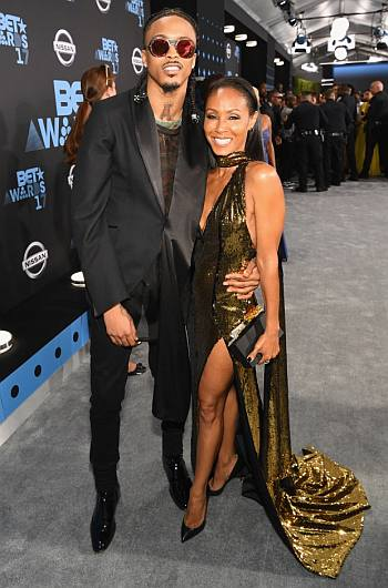 august alsina fashion style - red carpet