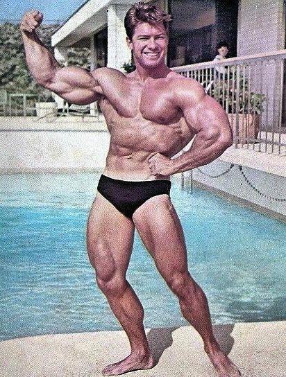 beefy muscle men - vintage - larry scott
