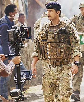ben aldridge hot men in uniform - camo - captain james