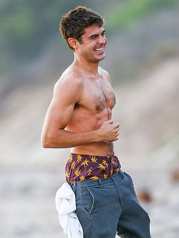 celebrity low hang jeans zac efron sagging pants