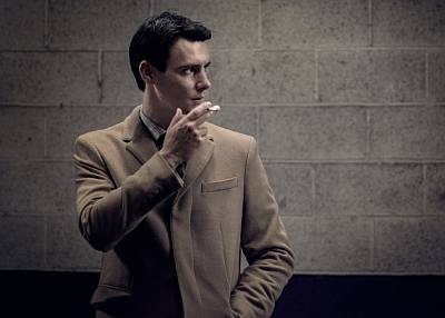 harry lloyd smoking hot guy in suit - peter quayle in counterpart