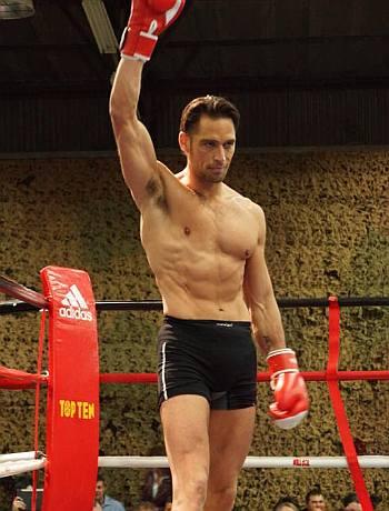 hot male lawyer paul rothmann world thai kickboxing champion