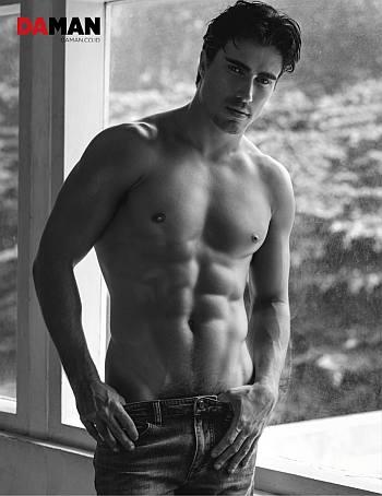 hot men in low rise jeans - male model Felipe Izing