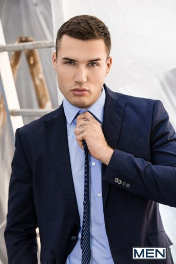 hot men in suit - theo ford model actor2