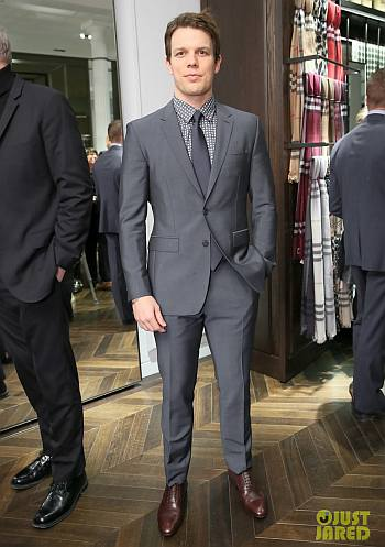 jake lacy hot suit in mr burberry event