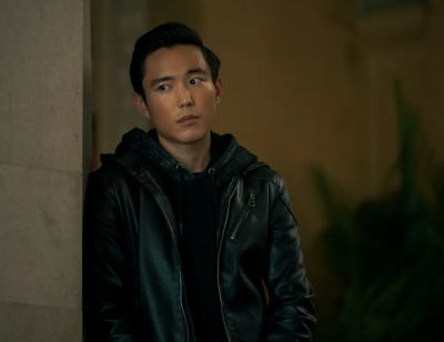 justin min umbrella academy leather jacket ben hargreeves