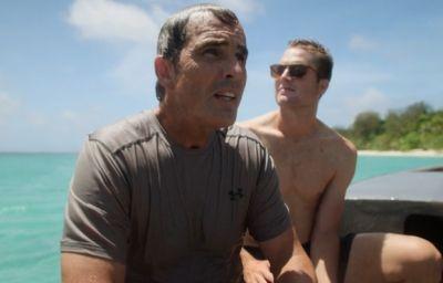 mack woodruff shirtless in rogue trip
